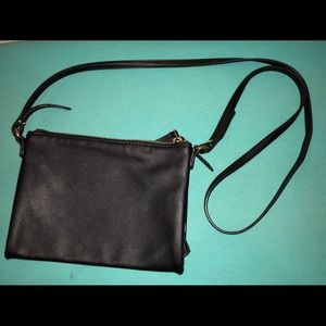 Old Navy Crossbody bag